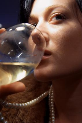 The Effects of Alcohol on Your Overall Oral Health